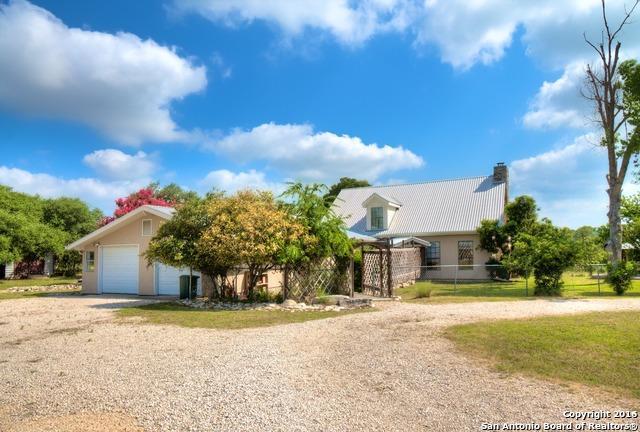 3031 Oak Hollow Dr New Braunfels, TX 78132