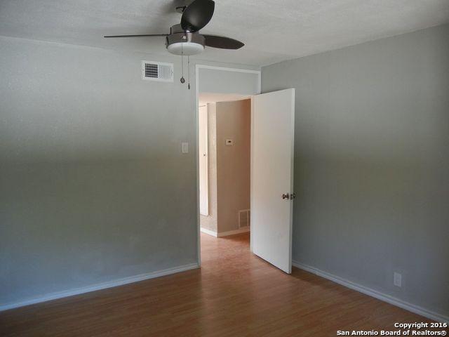 Loans near  Ira Ave , San Antonio TX
