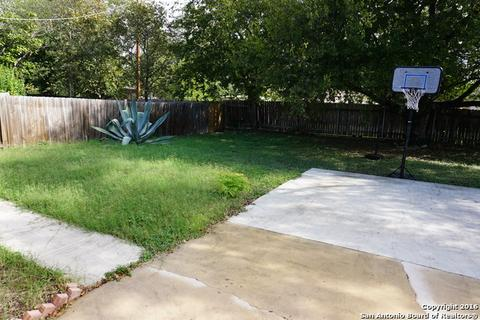 1418 Meadow Knoll Dr, San Antonio, TX (24 Photos) MLS# 1211167 - Movoto
