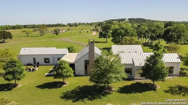 1167 Lexington Dr, Fredericksburg, TX 78624