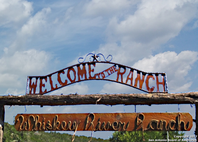 1272 County Road 270, Mico, TX 78056