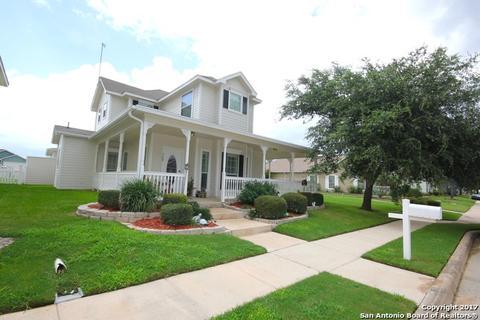 160 Whitewing Way, Floresville, TX 78114