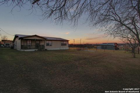 6701 Us Highway 87, Sutherland Springs, TX 78161