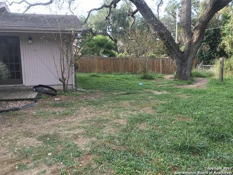 418 Chaparral, Pleasanton, TX 78064 MLS# 1277809 - Movoto.com