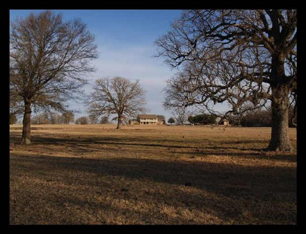 1143 Vz County Road 3702, Wills Point, TX 75169