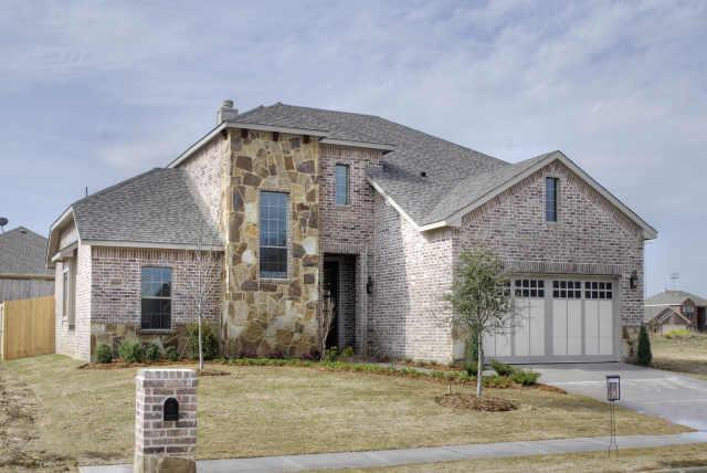 2030 Sundown Dr, Little Elm, TX