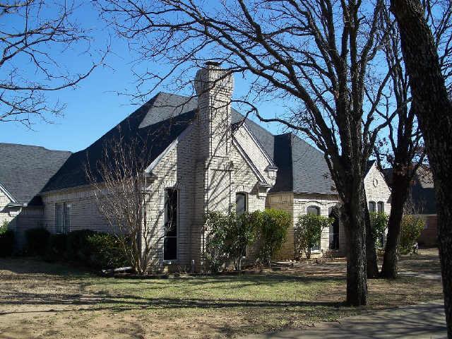 819 Runnymede Rd, Keller, TX 76248