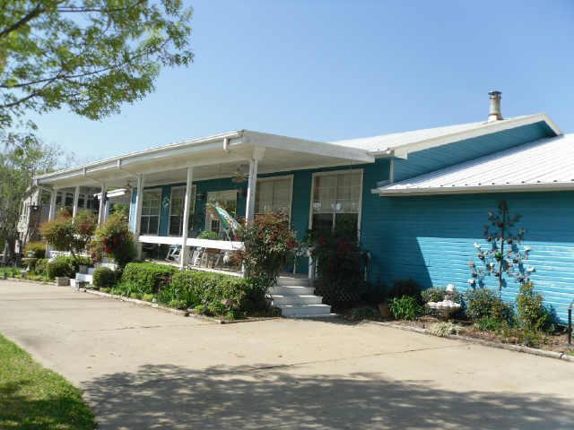 4410 W Beach Dr, Greenville, TX