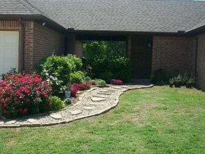 3303 Farm Land Ct, Granbury TX 76048