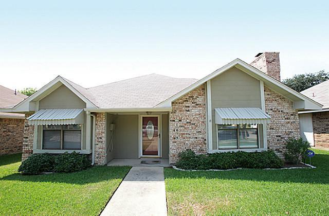 2005 Mary St, Carrollton, TX