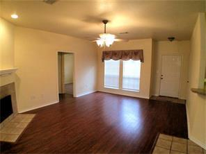2104 Leslie St, Denton, TX