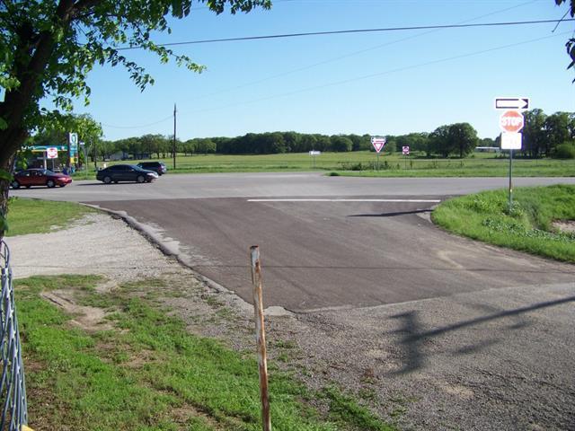 4794 E Hwy 199 Hwy #APT 4900, Springtown, TX