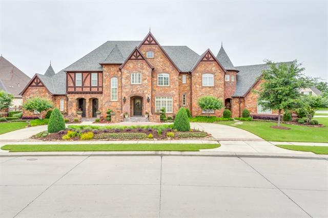 6900 King Charles Ct, Colleyville, TX