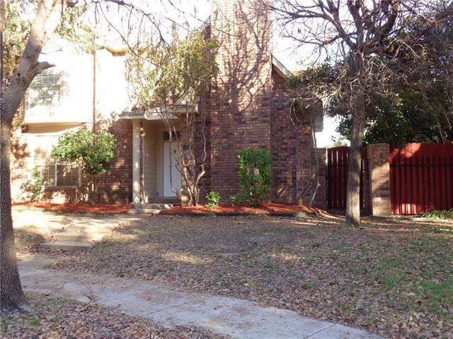 408 Silverton Dr, Irving, TX