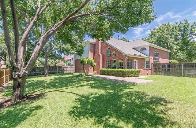 14564 Waterview Cir, Addison, TX