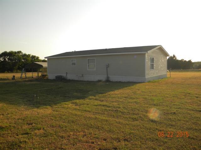 2482 Fm 151, Whitewright, TX 75491