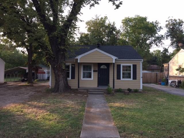 405 SE Crockett St, Ennis TX 75119