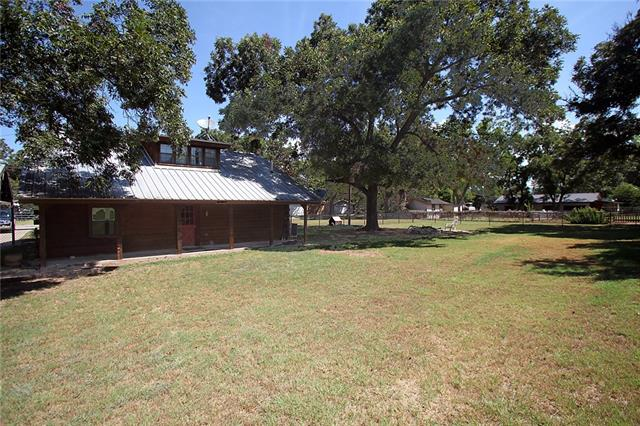 374 Hillcroft Dr, Weatherford TX 76087