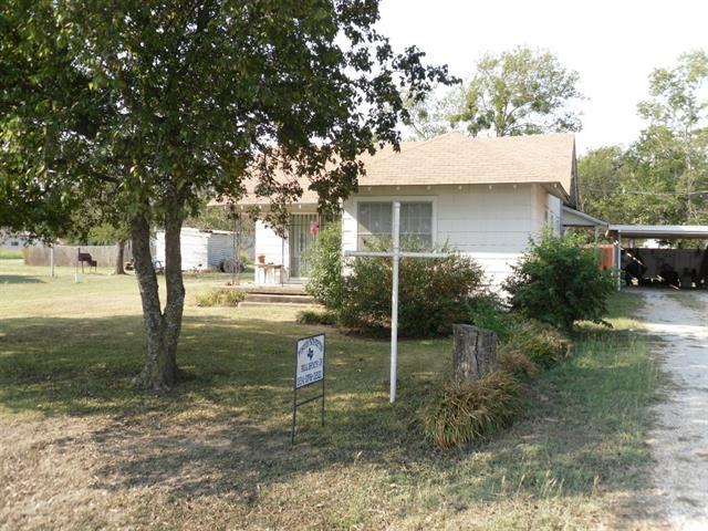 404 N First St, Coolidge, TX