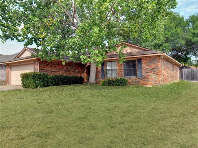 3300 Misty Valley Dr, Fort Worth, TX