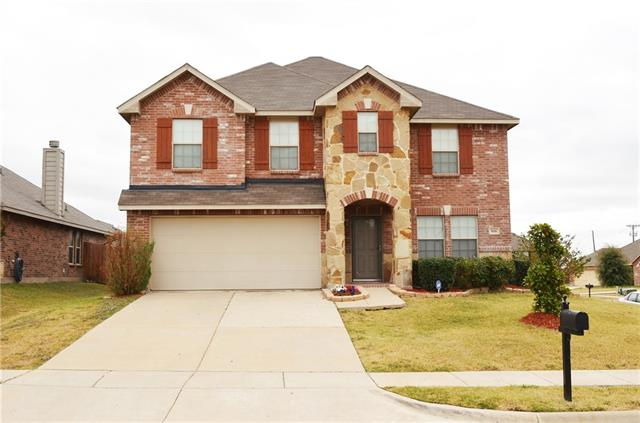 508 Indian Paintbrush Dr, Fate, TX