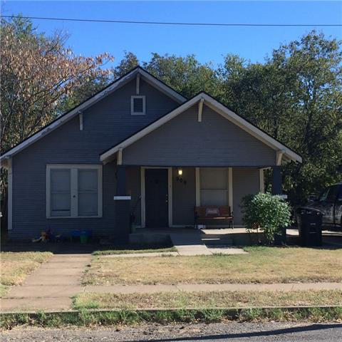 909 W Wardville St, Cleburne, TX