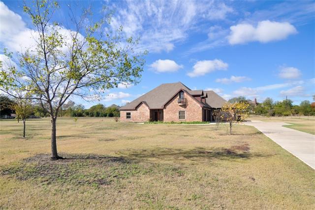 615 Meadow Ln, Allen, TX