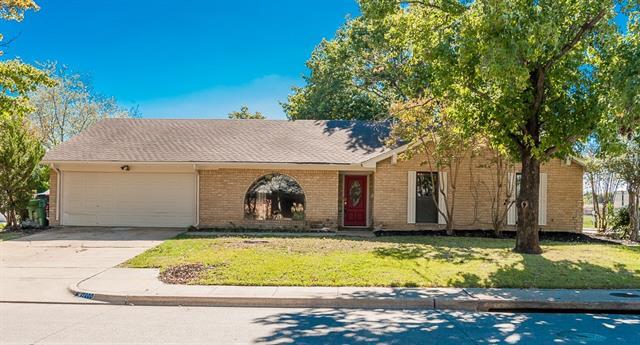 7200 Lola Dr, North Richland Hills, TX