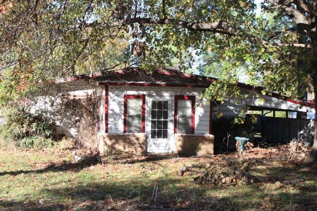 908 Harris Hbr, Point, TX