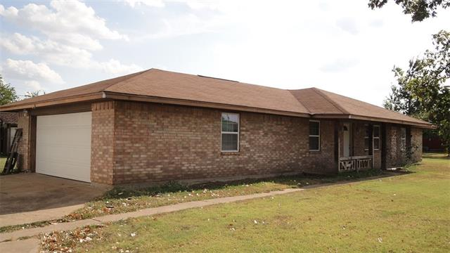 119 Spring Hill Rd, Red Oak, TX