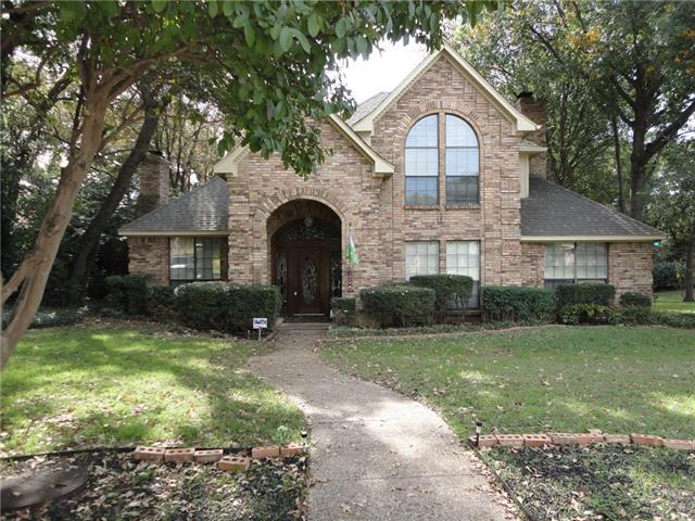 1002 Shady Oak Trl, Mansfield, TX