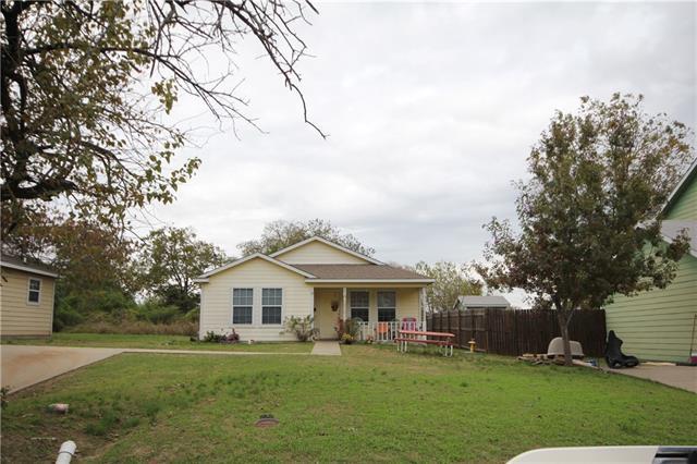 1412 Hemphill St Greenville, TX 75401