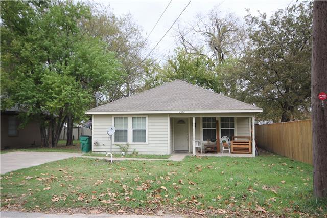 2822 Hemphill St Greenville, TX 75401