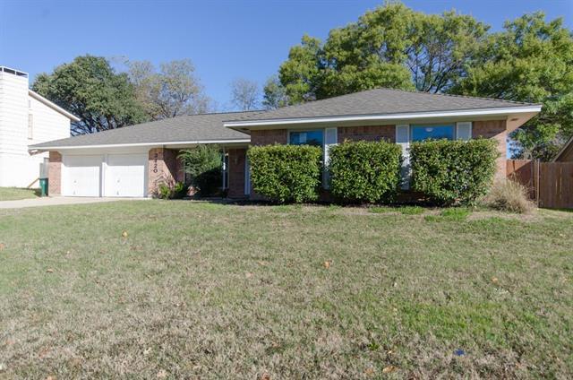 3420 Denbury Dr, Fort Worth, TX