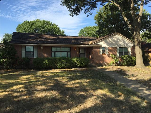 709 Green Hill Rd, Dallas, TX