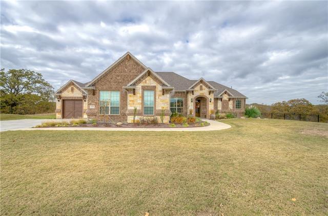 1450 Woodland Dr, Aubrey, TX