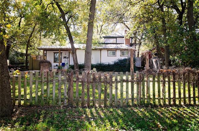 9329 Heron Dr, Fort Worth, TX