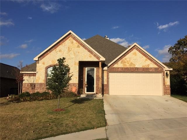 413 Spring Run Dr, Decatur, TX
