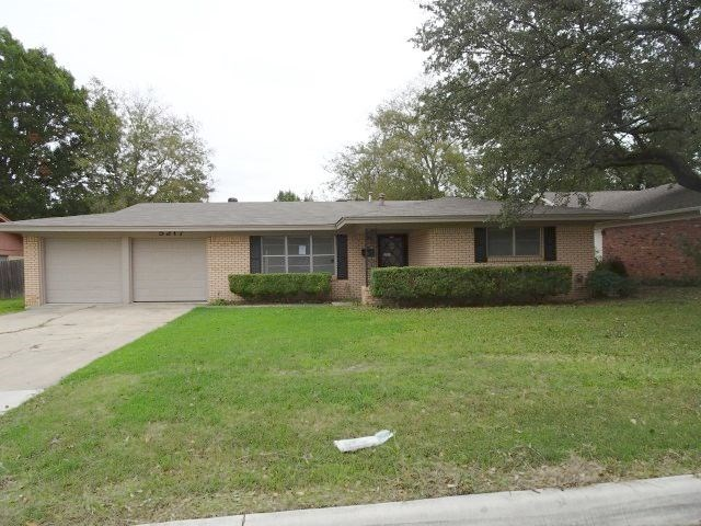 5217 Wosley Dr, Fort Worth, TX