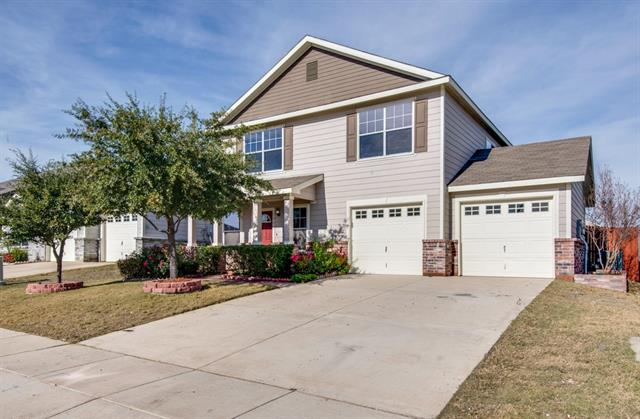 3028 Wakecrest Dr, Fort Worth, TX