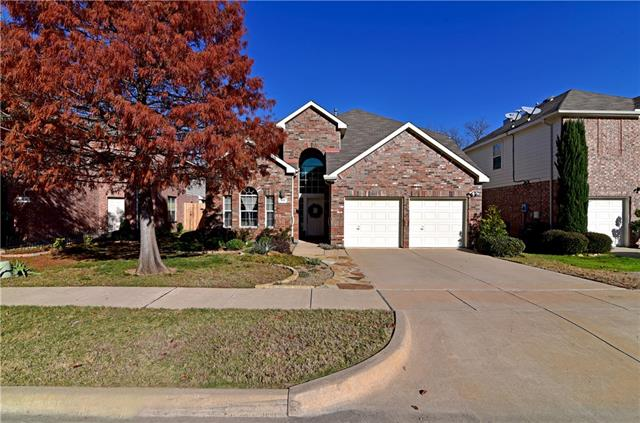 813 Green Pond Dr, Garland, TX