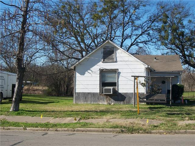 711 Park St, Commerce TX 75428