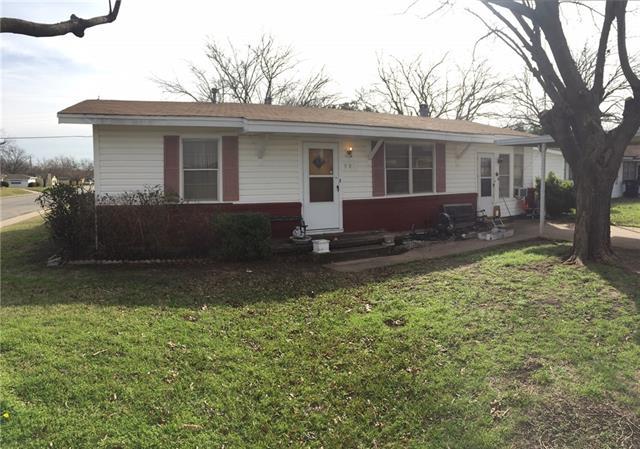 901 Phillips St, Cleburne, TX