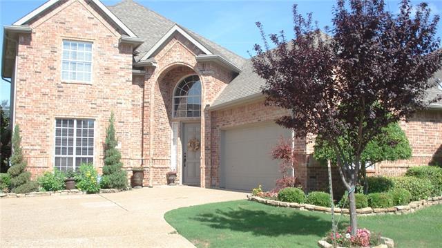 752 Village Grn, Desoto, TX