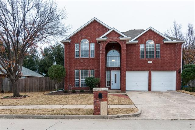 5316 Texas Dr, North Richland Hills, TX