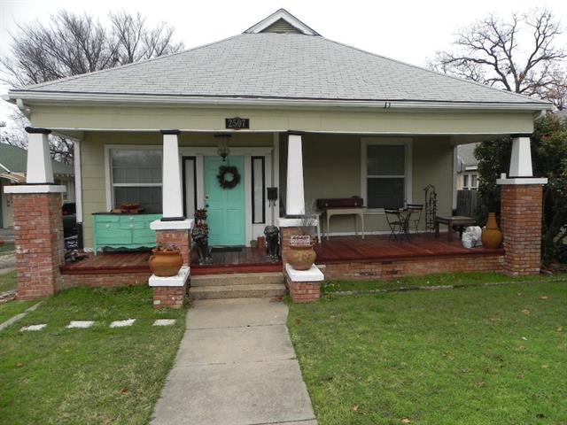 2507 Lipscomb St, Fort Worth, TX