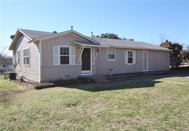 504 E 5th St, Weatherford, TX
