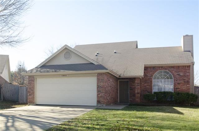 5902 Berwick Ct, Arlington, TX