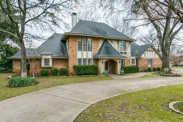1400 Clover Hill Rd, Mansfield, TX
