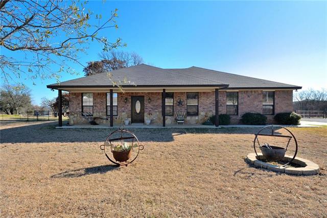 479 Almaka Dr, Poolville, TX